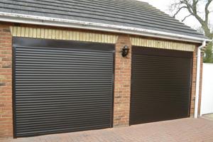Рулонные подъемные ворота для гаража